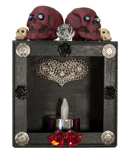 Box of Remembrance (WhiteRosesArt.com)